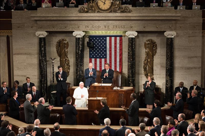Pope Francis becomes the first pontiff to address a joint session of Congress